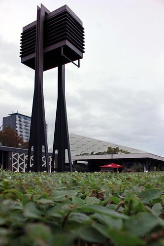 "Glockenturm • <a style=""font-size:0.8em;"" href=""http://www.flickr.com/photos/69570948@N04/48925446101/"" target=""_blank"">Auf Flickr ansehen</a>"