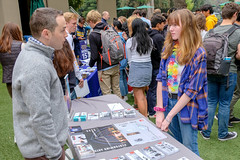 PZ20191015-025.jpg (Menlo Photo Bank) Tags: menloschool students man 2019 visitor girls quad collegecounseling people langley largegroup upperschool event fall boys photobypetezivkov atherton ca usa