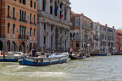 Venice, Italy (wildhareuk) Tags: barge canon canoneos500d grandcanal italy tamron18270mm venice venice2019 water boat building gondola tamron img9900dxo
