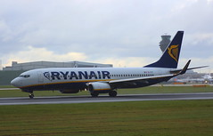 Ryanair EI-FIF Boeing 737-8AS at Manchester MAN England (Cupertino 707) Tags: ryanair eifif boeing 7378as manchester man england