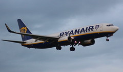 Ryanair EI-DPB Boeing 737-8AS at Manchester MAN England (Cupertino 707) Tags: ryanair eidpb boeing 7378as manchester man england