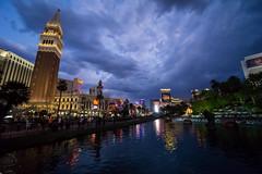 The Strip - Bring clouds to sheer madness, Las Vegas, Nevada, USA (Steffen Brüggemann) Tags: lasvegas nevada thestrip miragehotel clouds venicehotel casino water evening sony sonya6000 alpha6000 sel1018 10mm ultraweitwinkel