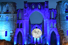 Museum of the Moon, Rievaulx Abbey (CoasterMadMatt) Tags: rievaulxabbey2019 rievaulxabbey rievaulx abbey ruinedabbey ruinedmonastery monastery cistercianmonastery cistercian yorkshireattractions attractionsinyorkshire illuminatingrievaulx2019 illuminatingrievaulx illuminating specialevent museumofthemoon museum moon art artworks lukejerram abbeychurch church nave ruinedcistercianmonastery abbeyruins ruinedabbeysinengland englishruinedabbeys building structure architecture history englishhistory englishheritage northyorkshire yorkshire yorks england britain greatbritain gb unitedkingdom uk europe september2019 autumn2019 september autumn 2019 coastermadmattphotography coastermadmatt photos photographs photography nikond3500