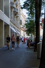Banhofstrasse (¡Carlitos) Tags: switzerland europe zurich europa schweiz suisse suiza svizzera zürich cantonofzürich