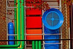 Beaubourg par Louis Vuitton (Edgard.V) Tags: paris parigi lvmh renzo piano beaubourg pompidou couleurs colori cores colours décoration design tuyaux tubos