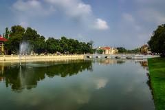 Lake on the grounds of Bang Pa-In palace near Ayutthaya, Thailand (UweBKK (α 77 on )) Tags: ayutthaya thailand southeast asia sony alpha 77 slt dslr bangpain bang pain royal palace lake fountain water reflection outdoors