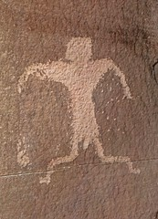 Petroglyph / Amasa Trail (Ron Wolf) Tags: anthropology archaeology blm kanecreekcanyon moab nativeamerican anthromorph anthropomorph petroglyph rockart utah