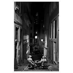 Night chat in Porto (diegocarreraperez) Tags: porto oporto portugal europe europa duero douro river río atlantic atlántico mar sea ocean océano narrow estrecho street calle urban urbano terrace terraza bar chat charla hablar people gente night noche black white blackandwhite blanco negro blancoynegro byn bw slope cuesta pendiente vacaciones travel viajar holidays trip