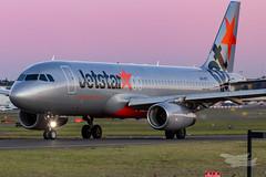 VH-VFT JQ A320 16L YSSY-8452 (A u s s i e P o m m) Tags: sydney newsouthwales australia jetstar jetstaraustralia ja airbus a320 syd yssy sydneyairport
