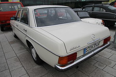 Mercedes W114 230.6 (1974) (Mc Steff) Tags: mercedes w114 2306 1974 retroclassicsstuttgart2018
