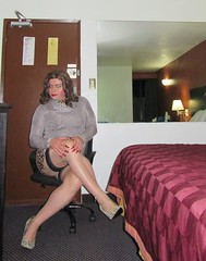 cougar with long red claws (Barb78ara) Tags: cougarprint cougarpumps cougarskirt miniskirt highheels stilettoheels stilettohighheels stilettopumps nylon nylons nylonstockings seams seamedstockings stockingtops rednails longreddress silvertop