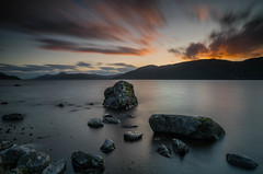 A Sunset LE .. (Gordie Broon.) Tags: lochness le sunset atardecer sonnenuntergang thegreatglen scotland scottishhighlands schottland scenery rocks glenalbyn hills collines colinas dores landscape paysage heuvels drumbay meallfuarmhonaidh paisaje inverfarigaig lecoucherdusoleil lago lac gordiebroonphotography invernessshire inverness nessie 2019 scenic northernscotland caledonia alba scozia escocia ecosse sonya7rmkii sonyzeiss1635f4lens haida10stopfilter szkocja foyers tramonto geotagged glenmor