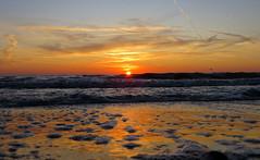 IMG_0075x (gzammarchi) Tags: italia paesaggio natura mare ravenna lidodidante alba sole riflesso onda nuvola