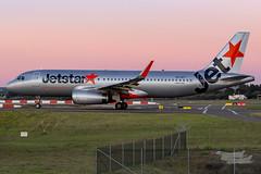 VH-VFT JQ A320 16L YSSY-8462 (A u s s i e P o m m) Tags: sydney newsouthwales australia jetstar jetstaraustralia ja airbus a320 syd yssy sydneyairport