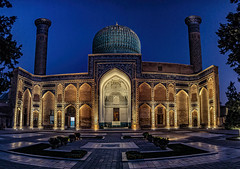 Gur-e Emir (Wim van de Meerendonk, loving nature) Tags: gureemir uzbekistan mausoleum nightshot bluehour timurlenk culture beauty bright colors color colours colour light outdoors outdoor panorama sony scenic wimvandem mosaictiles calligraphicinscriptions daarklands abigfave