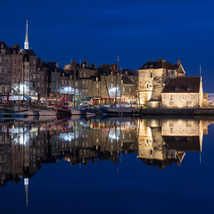 Honfleur (Yann OG) Tags: france french français normandie normandy honfleur port harbor reflet reflection squareformat bateau boat vieuxbassin bluehour heurebleue symmetry symétrie quaisaintecatherine sunrise leverdusoleil dawn aube 50mm eglisesaintecatherine lieutenance poselongue longexposure