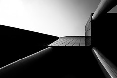 Delftse Poort III (s.W.s.) Tags: rotterdam netherlands holland europe architecture architectural delftsepoort city abstract monochrome black building skyscraper lookup nikon lightroom