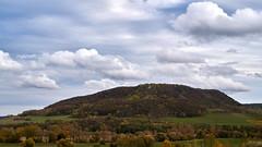 an autumn afternoon (Aspenlaub (blattboldt)) Tags: zeiss sony carlzeiss ilce7rm3 alpha7riii manualfocus manualiris manualexposure ⚶ emount manualwhitebalance berakhah בְּרָכָה loxia250 loxia250planar paulrudolph 50mm 51712261 planar topographic landscape europe germany thuringia thüringen jena gleisberg sky clouds
