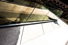 Reflejos. (Ricardo Pallejá) Tags: crystal nikon d500 reflejos falset tarragona tokina1116 abstracto exploraciónurbana urbana urban urbanexploration street shades sombras