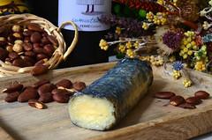Rulo de oveja (Ricard2009 (Martí Vicente)) Tags: ilobsterit queso fromage cheese formatge kaas formaggio queijo ost sir τυρί сыр sūris peynir brânză gazta sajt caws сирене גבינה جبنة チーズ 奶酪 rulo rulodeoveja sheepcheese ash