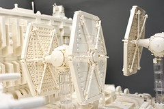 LEGO Star Wars Trench Run Monochrome (Pasq67) Tags: lego pasq67 afol toy toys flickr legography france moc starwars star wars fighter midiscale starfighter 2019 sienarfleetsystems tie series tiefighter xwing t65 xwingfighter trenchrun trench run monochrome white