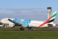 A6-EPD (GH@BHD) Tags: a6epd boeing 777 773 77w 777300 b777 b773 b77w ek uae emiratesairlines emirates aircraft aviation airliner dub eidw dublinairport dublininternationalairport dublin
