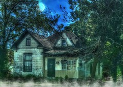Don't expect a treat..... (Sherrianne100) Tags: hss scary spooky haunted trickortreat hauntedhouse halloween