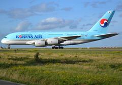 HL7628, Airbus A380-861, c/n 156, Korean Air Lines, CDG/LFPG, 2019-10-10, taxiway Bravo-Loop, being towed to Air France Industries maintenance complex. (alaindurandpatrick) Tags: hl7628 cn156 a380 a380800 a380861 airbus airbusa380 airbusa380800 airbusa380861 jetliners airliners megabus airlines ke kal koreanair koreanairlines cdg lfpg parisroissycdg airports aviationphotography