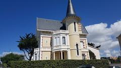 Royan - Balade dans le Parc et l'Oasis - Villa Saint-Cloud (larsen Detdl) Tags: france royan baladedansleparcetloasis artnouveau architecturebalnéaire villa cottage patrimoine