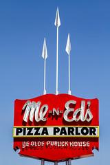 Me n' Ed's Pizza