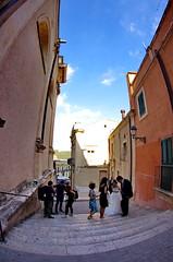 993 Sicile Juillet 2019 - Raguse, Salita Duomo (paspog) Tags: raguse sicile sicilia sicily juli july juillet 2019 cathédrale cathedral kathedral dom duomo katedral duomodisangiorgio