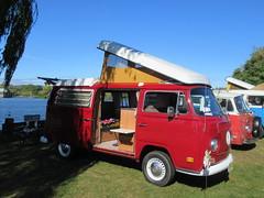 Red VW Camper (smaginnis11565) Tags: volkswagen vwbus camper vwtransporter type2 mark2transporter carshow haverstraw newyork rocklandcounty 2019