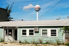 Dry Cleaners - Fennimore, Wisconsin (Cragin Spring) Tags: fennimore fennimorewi fennimorewisconsin midwest wisconsin wi watertower drycleaners unitedstates usa unitedstatesofamerica