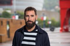 Eztebe en Euskalduna (Juan Ig. Llana) Tags: bilbao euskalduna retrato bokeh modelo barba grúa carola rojo sanmamés explore
