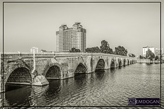 ADANA (01dgn) Tags: adana stonebridge taşköprü oldcity city cityscape streetphotography historic river seyhan hilton hiltonsa sw sb bw landschaft landscape manzara sonyilce7