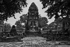 Ayutthaya – Wat Maha That (Thomas Mulchi) Tags: ramapublicpark ayutthayahistoricalpark phranakhonsiayutthayadistrict thailand 2019 wat buddhism buddhisttemple temple buddha pagoda bw monochrome phranakhonsiayutthaya happyplanet asiafavorites