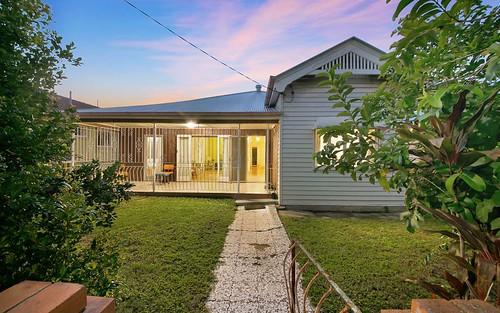 17 Ampthill Street, Highgate Hill QLD 4101