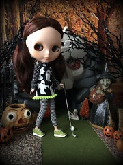 """Haunted """"miniature golfing"""" BaD 10/21/19 (Foxy Belle) Tags: fall autumn halloween orange black playmobile skull branches glitter handmade leggings striped blythe doll diorama scene 16 scale playscale bohemian peace green sneakers shoes golf barbie ghost shirt dress knits play october miniature club pigtails ribbons spooky haunted holiday day bad 21 2019 mini ball"""
