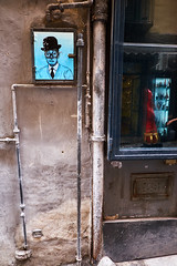 canos - pipes (paulopar.rodrigues) Tags: local napoli architecture arquitectura art arte bairro cidade city exterior italia neighbourhood rua street urban photofoto captureone color fuji xt1