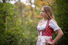 Michelle (ecker) Tags: austria bokeh bäume büsche dirndl frau gebüsch herbst natur portrait porträt tracht trachten umgebungslicht vienna wald wien zweige autumn availablelight branches fall female forest girl naturallight nature portraiture trees woman österreich sony a7 sonya7 ilce7 alpha ⍺7 zeiss batis 85mm zeissbatis1885 sonnar batis1885 ƒ18 18 hammerwalk fotoshooting shooting austrianphotographer femalemodel beautiful beauty pretty cute model photography modelphotography