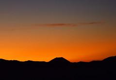 Dawn;  the top of Mt. Fuji above a high mountain range (takashi muramatsu) Tags: senjoujiki nagano japan dawn southern japanese alps mount fuji nikon d850 千畳敷