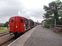 28I09I2019_IWSR_Four_Island_Classes_Gala_D2 (peter_skuce) Tags: isleofwightsteamrailway train railway hunslet austerity wootton