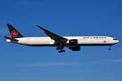 C-FIUV (Air Canada) (Steelhead 2010) Tags: aircanada boeing b777 b777300er yyz creg cfiuv
