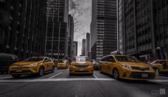 Made in New York.  (Taxi...) (JoseQ.) Tags: taxi ciudad newyork semaforo cruce arquitectura edificios construccion coche toyota car town street amarillo transporte automovil vehiculo trabajo work