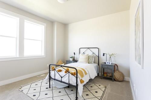HS 13 04_22_Bedroom