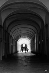 Luz ao fundo do túnel!! (puri_) Tags: convento arcos corredor pedra silhuetas luz