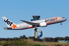VH-VKG JQ B788 16R YSSY-8780 (A u s s i e P o m m) Tags: sydney newsouthwales australia jetstar jetstaraustralia jq boeing b787 b788 syd yssy sydneyairport