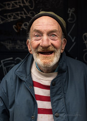 Robert (Charles Hamilton Photography) Tags: glasgowcharacter streetportrait stranger face urbanportrait glasgowstreetphotography naturallight primelens colourstreetportrait trongate doorway graffiti smile glasgowstreetportrait nikond750 charleshamilton