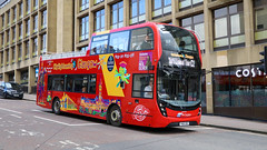 11621 YN66BBZ City Sightseeing Glasgow (busmanscotland) Tags: 11621 yn66bbz city sightseeing glasgow yn66 bbz scania n280ud ad adl alexander dennis enviro 400 enviro400 mmc reading buses 777 borders