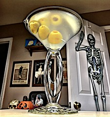 2019 294/365 10/21/2019 MONDAY -  Martini (_BuBBy_) Tags: 2019 294365 10212019 monday martini 294 10 21 365 365days project project365 mon mo m october seven days martinis 🍸 7